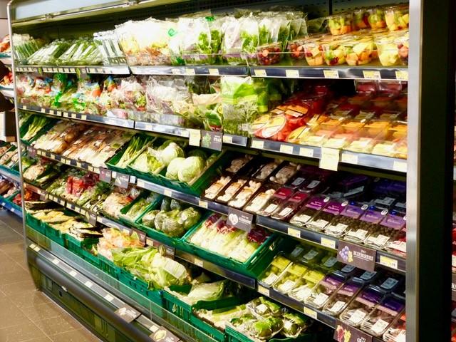 Super Market Shelves